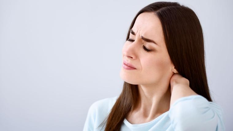 Quali sono le cause e i rimedi dell'acufene cervicale?